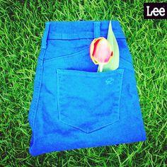 SO glad it's spring! Picnic Blanket, Outdoor Blanket, Lee Jeans, Spring Fever, Skinny, Cobalt, Instagram, Closet, Style