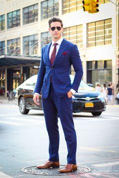 Dr Mike Varshavski, Navy Blue Suit, Blue Suits, Shave My Head, Blue Costumes, Three Piece Suit, Pretty Men, Suit And Tie, Summer Trends