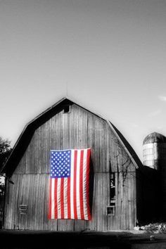 Old Barn.....with the new flag of freedom