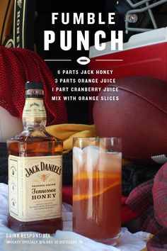 """Jack Daniel's Honey """"Fumble Punch"""" ~~ Ingredients_ 6 Parts Jack Daniel's Tennessee Honey, 3 Parts Orange Juice, 1 Part Cranberry Juice, Orange Slices _Directions: Mix all parts, add orange slices.bottoms up! Whisky Cocktail, Whiskey Drinks, Cocktail Drinks, Alcoholic Drinks, Simple Cocktail Recipes, Cognac Drinks, Bebidas Jack Daniels, Jack Daniels Drinks, Jack Daniels Honey Recipes"""