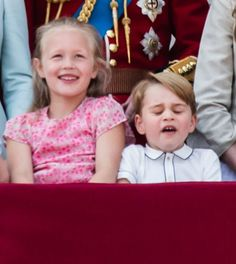 Savannah Phillips and Prince George of Cambridge on the balcony of Buckingham Palace during Trooping The Colour 2018 on June 9 2018 in London England Trooping The Colour 2018, Prince George Alexander Louis, Prince William, Duchess Of Cambridge, British Royals, Funny Faces, Princess Diana, Troops, Savannah Chat