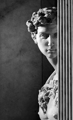 Roman Sculpture, Bronze Sculpture, Michelangelo Sculpture, Design Pop Art, Sculpture Romaine, Classical Art, Renaissance Art, Aesthetic Art, Art And Architecture