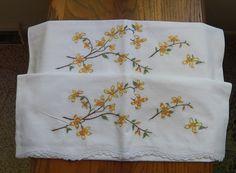 Pr Pillowcases Orange Blossom Embroidery Standard Size White lace Edge