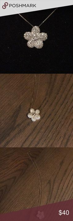 """Swarovski Crystal Flower Pendent Beautiful! Very sparkly!   18"""" sterling silver chain included!!   No trades!  Bundle and Save!  Please review all pictures and ask any questions before purchase, SOLD AS IS!  Thank you for looking and Happy Poshing! 😊  Check out my closet for more accessory listings! Swarovski Jewelry Necklaces"""