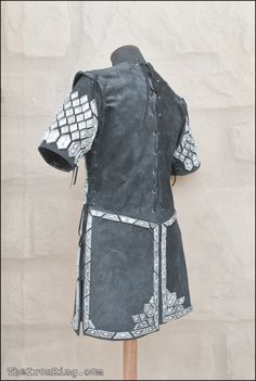 Thorin scale armour, back view by TheIronRing on DeviantArt