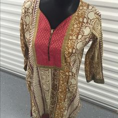 "Lovely vintage caftan Love this one!! Bust up to 40"", waist up to 38"", open hip , length 27"". Dresses Mini"