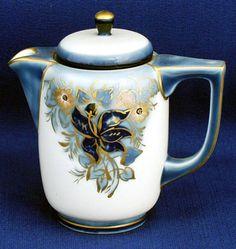 1000 images about porcelaine tharaud limoges on pinterest art deco porcelain and frances o. Black Bedroom Furniture Sets. Home Design Ideas