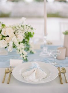 wedding place setting wedding teal 20 Wedding Color Palettes That Are Perfect for Spring Spring Color Palette, Spring Colors, Color Palettes, Spring Wedding Colors, Wedding Colours, Wedding Place Settings, April Wedding, May Weddings, Wedding Napkins