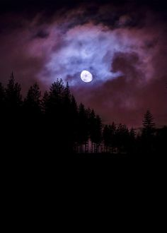 MilaMai Photography - When it gets too dark for you (by Milamai) Super Moon, Night Skies, Pretty Pictures, Good Vibes, Beautiful Places, Around The Worlds, Sky, Fantasy, Sunset