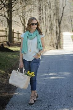 Favorite Spring Top by @simplylulustyle