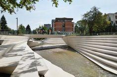 02-enota-promenada-06-river-amphitheatre « Landscape Architecture Works | Landezine