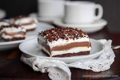 Recipe, grocery list, and nutrition info for Low Carb Chocolate Lasagna. Low Carb Chocolate Lasagna is a great sugar-free and gluten-free layer dessert - perfect to bring to special gatherings. It's easy to make with just five simple steps. Chocolate Pastry, Chocolate Lasagna, Sugar Free Chocolate, Chocolate Desserts, Chocolate Pudding, Chocolate Thermomix, Homemade Chocolate, Chocolate Lovers, Dessert Ricotta
