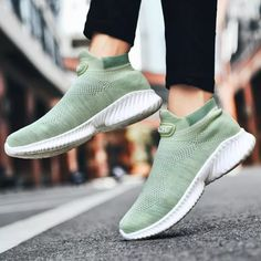 Women's Sports Sneakers Thick Running Shoes Ladies Temis Women Platform Sport Shoes Size 10 Fashion Sneakers Multicolor Tennis Size 10 Fashion, Sneakers Multicolor, Designer Trainers, Sneaker Outfits Women, Sneaker Brands, Types Of Shoes, Sneakers Fashion, Running Shoes, Athletic Shoes