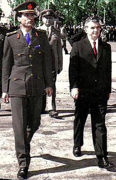 Lovitură de stat 1989 | Nicolae Ceauşescu Preşedintele României site oficial Goth, Military, Style, Gothic, Stylus, Goth Subculture, Army, Military Man