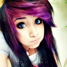 Hey people... I'm Leslie Racer I'm 16 and bi. I love my brother, Griffin Racer. He's my twin and he rocks. anyways, I love music, books, and writing. oh, and duhh, im single.