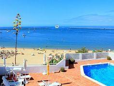 sonnige Fewo für 2-6 Personen, exklusive 1a Lage direkt am Sandstrand und Meer Ferienhaus in Carvoeiro / Lagoa von @homeaway! #vacation #rental #travel #homeaway