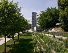 http://www.agencehamelin.com/amenagement-du-cours-lhorloge-place-lhotel-ville-cergy-pontoise-95/
