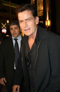 The Warlock Is Back On Drugs! Charlie Sheen Snorting Cocaine Every Day
