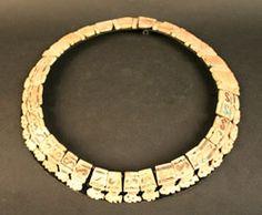 Collar con incrustaciones – Museo Chileno de Arte Precolombino Museo Chileno de Arte Precolombino