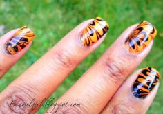 Orange & black marbling... I wish I could do this for Halloween but for whatever reason I've never been successful with marbling :(