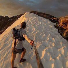 """CloudLine on Instagram: """"Trail runner @brandon_yonke_running got up before sunrise to catch this beautiful shot from a recent mountain run. Visit his page for more of his adventures. #TrailRunning #hiking #coloradical #adventure #backpacking Share your mountain adventures to be featured next!"""""""