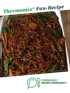 KL Hokkien Mee (Fried Yellow Noodles) by Shirley Ng-Teh. A Thermomix <sup>®</sup> recipe in the category Pasta & rice dishes on www.recipecommunity.com.au, the Thermomix <sup>®</sup> Community.