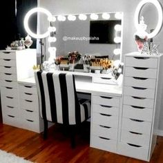 Makeup Room Ideas room DIY (Makeup room decor) Makeup Storage Ideas For Small Space - TAG: Diy Makeup vanity ideas, Diy makeup storage ideas, Makeup organization diy, Makeup desk Makeup Table Vanity, Vanity Room, Diy Vanity, Vanity Ideas, Vanity Mirrors, Makeup Vanities, Vanity Decor, Makeup Tables, Vanity Chairs