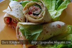 Sandwich wraps cu salata de ton