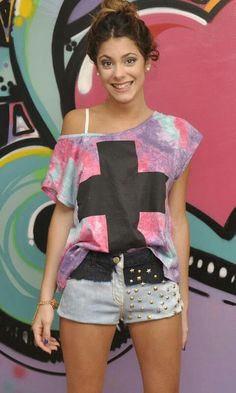 Stoessel tini martina Martini, Teen Actresses, Barbara Palvin, My Princess, Her Style, Love Her, Disney, Fashion Accessories, Casual Outfits