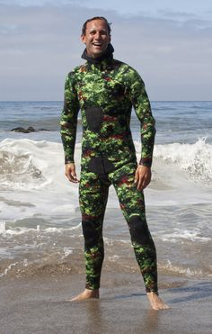 Deep Thought Wetsuits: Digital Green Camo