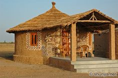 Rann of Kutch, gujarat, india.hopefully this dec Village House Design, Village Houses, Indian Architecture, Vernacular Architecture, Bamboo House Design, Mud Hut, Hut House, African House, Indian Homes