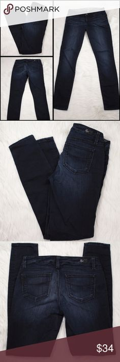 Paige Verdugo Jegging Skinny Stretch Jeans Size 26 Paige  Verdugo Jegging  Skinny Stretch Jeans  Dark Blue Wash Denim  Womens Size Marked 26  Approximate Measurements Laying Flat: Waist: 29 Rise: 7 Inseam: 29 Leg Opening: 9.5  Thank you for checking out my listing!  Locator# 0521-020 Paige Jeans Jeans Skinny