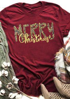 Leopard Printed Merry Christmas T-Shirt Tee - Burgundy - Fairyseason Home T Shirts, Vinyl Shirts, Christmas Shirts, Merry Christmas, Christmas Trees, Christmas Clothes, Christmas Diy, Plaid And Leopard, Geile T-shirts