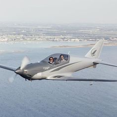 Blackshape Prime. #blackshapeprime #bk100 #bs100 #blackshapeaircraft #carbon #carbonfiber #plane #instaplane #wings #avi_things #aviation #aviationlovers #fast #speed #italian #italiandesign #design #adventure