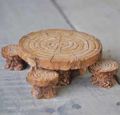 I bet it'd be simple to make something like this out of real wood, I'm just not sure if it could withstand weather after so long.