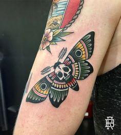 #Moth #OldSchool #Tattoo #Color