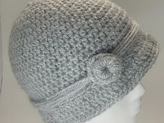 Classic Cloche Pattern. I've made at least 20 of these. so simple and yet so cute