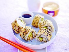 Sushi-Rezepte von California Roll bis Sashimi - Sushi-Rolle-mit-Huhn Rezept