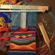 Did a tiny bit of weaving tonight, the first in my new place. May there be much more! #weaving #handwoven #weaversofinstagram #tapestry #wip #workinprocess #fiberart #fibreart #slowtextiles #oregonart #oregonartist #portlandartist