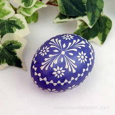 Easter Egg Crafts, Easter Eggs, Pebble Painting, Stone Painting, Polish Easter, About Easter, Mandala Dots, Egg Art, Egg Decorating