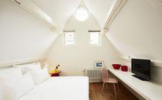Un hotel suggestivo nel centro storico di Bruxelles con suite in mansarda