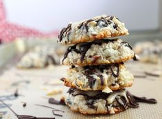 14 low carb cookies recipes that make awesome keto Christmas cookies too! You'll love recipes like peanut butter keto cookies, low carb oreo cookies, etc! German Chocolate Cake Cookies, Coconut Chocolate Chip Cookies, Chocolate Chips, Almond Joy Cookies, Keto Cookies, Diabetic Cookies, Low Carb Sweets, Low Carb Desserts, Healthier Desserts