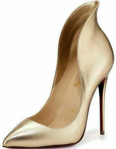 christian louboutin black heels Very Popular For Christmas Day,Very Beautiful for life.