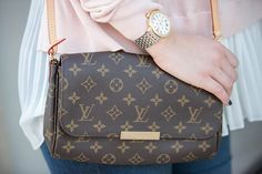 Louis Vuitton Favorite MM crossbody