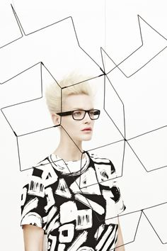 WIRED | EYEWEAR MAGAZINE by Madame Peripetie