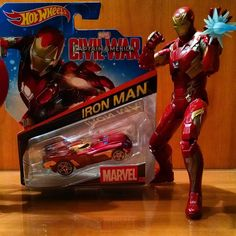 Picked up the latest Marvel @Hot_wheels wave great for display with Marvel Legends.  #Marvel #hotwheels #hotwheelscollectors #civilwar #ironman #marvellegendscollector #marvellegends #toystagram #twitter #googlelplus