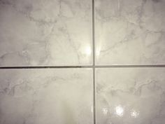 DIY tile grout cleaner 3 parts baking soda 1 part hydrogen