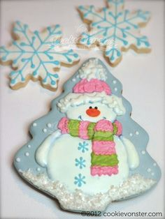 Adorable Snowman and Snowflake cookies