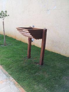 Lixeira de calçada Outdoor Furniture, Outdoor Decor, Stool, Household, Creations, Planters, Bench, Garden, Wall