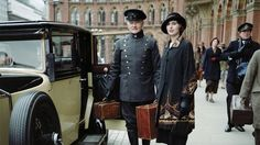 """Season 4 of """"Downton Abbey"""" introduces a major shift in plot, as well as a shift in style, evident in the fashion of the character Lady Edith Crawley, played by Laura Carmichael. Downton Abbey Costumes, Downton Abbey Series, Downton Abbey Fashion, Edith Crawley, Matthew Crawley, Roaring 20s Fashion, Laura Carmichael, Dowager Countess, Season 4"""